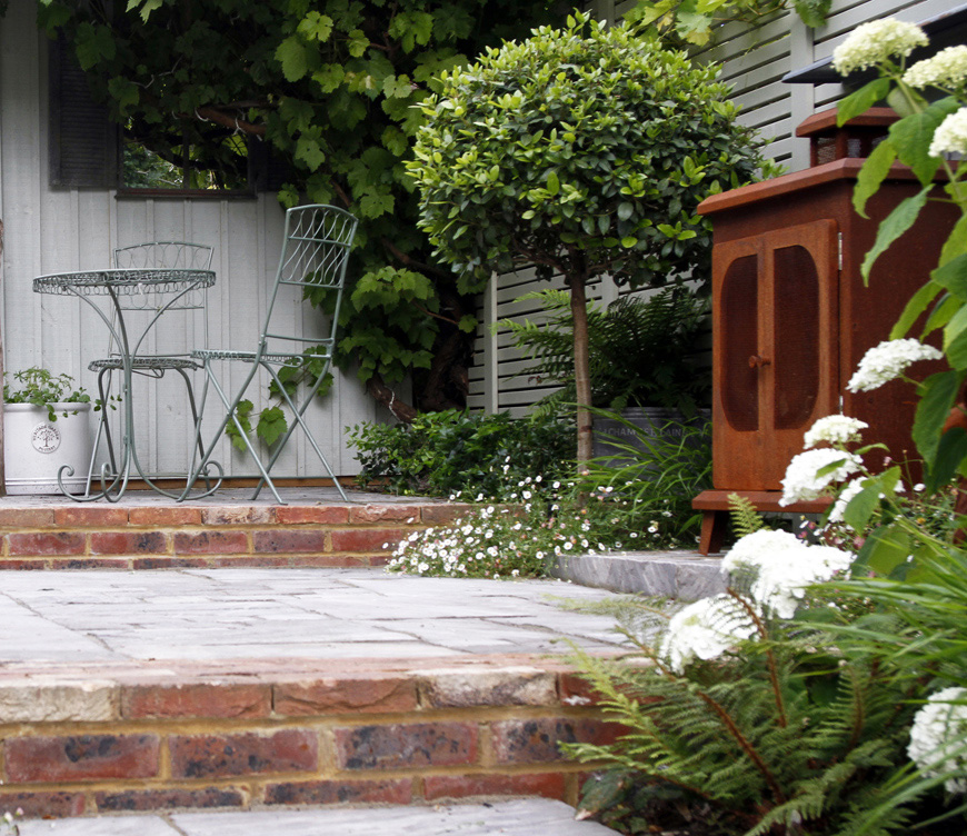creating a focal point, Kent garden design by greencube